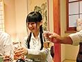 [KAR-924] 衝撃素人投稿!PTAの懇親会で撮影された泥酔させられたあげく意識朦朧の状態で無理矢理性行為を強要されたウチの妻の動画