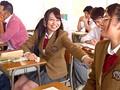 [KAWD-679] クラス40名!全員ブッコ抜き教室 池端真実 美咲かんな