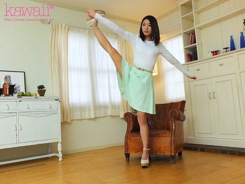 http://pics.dmm.co.jp/digital/video/kawd00812/kawd00812jp-1.jpg