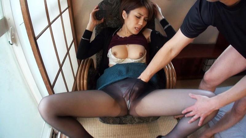 ザーメン子宮巨乳セレブの美脚交尾 芹澤真弓