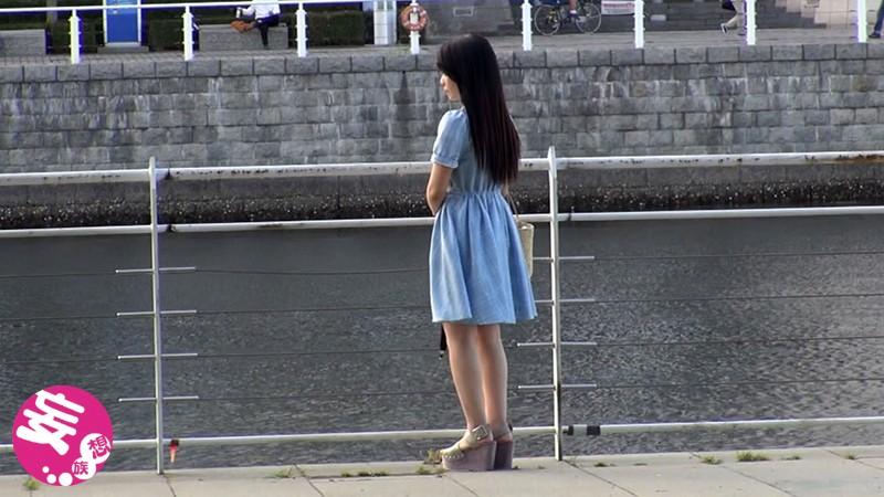 世田谷成城で暮らす名門女子大に通う18才お嬢様 画像10枚