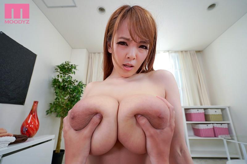 """【エロVR】バスト113cmの国宝級おっぱい嬢""""Hitome""""とラブラブ中出しセックス"""