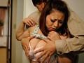夫の横で抱かれる背徳巨乳妻 山口玲子 5