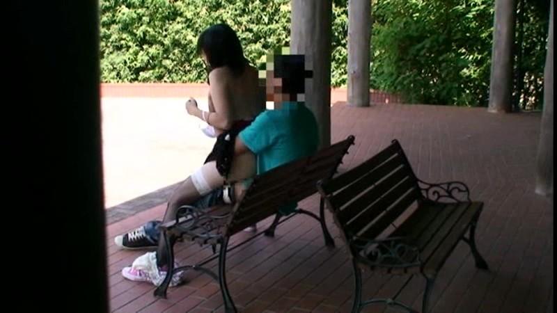 公園でサカリのついた露出カップル盗撮3.5時間 の画像11
