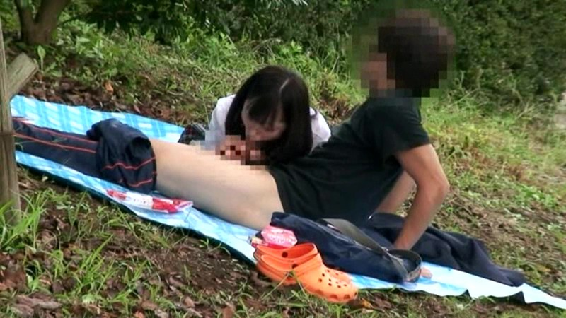 公園でサカリのついた露出カップル盗撮3.5時間 の画像3