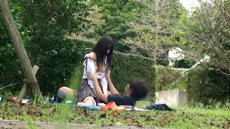 公園でサカリのついた露出カップル盗撮3.5時間 の画像5