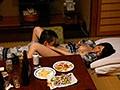 妻の会社の社員旅行 鈴代えな 温泉宿で他人棒との肉体レクリエーション.MOV 4
