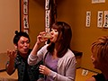 [MEYD-364] 危険日中出し同窓会NTR~愛する妻の排卵日に開催されたゲス元カレ既婚男たちとの全記録~ 波多野結衣