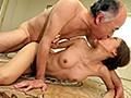 [MEYD-381] クンニで舐めまわし、乳首を責め立て、接吻で舌を絡ませる熟練オヤジのねっとり前戯に堕ちた近親相姦奴隷妻 東凛