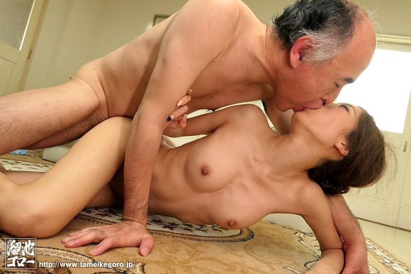 クンニで舐めまわし、乳首を責め立て、接吻で舌を絡ませる熟練オヤジのねっとり前戯に堕ちた近親相姦奴隷妻 東凛 の画像1