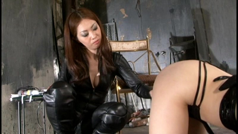 MGMA-013磁力_レズ虐待 本物女王様の本格虐待責め イキ_山田亜美