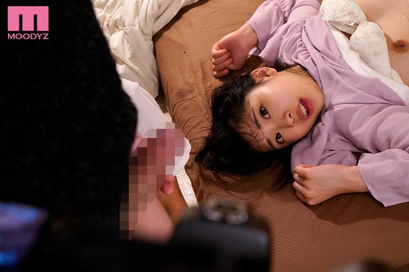 僕を助けてくれる幼なじみがいじめっこに犯されているのを見て勃起した 高杉麻里 の画像1