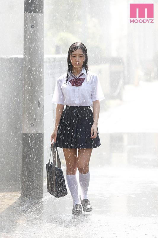 真夏の雨上がりねっちょり中年親父 濡れ透け汗だく濃厚性交 星奈あい の画像10