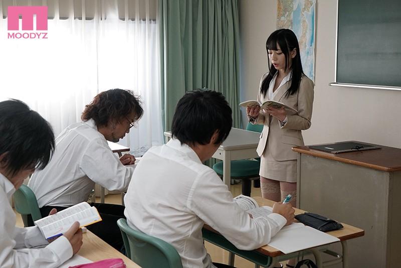 おチ○ポ挑発練習中!! 誘惑新任女教師 七沢みあ-8