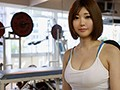 都内のトレーニングジムで働く乳輪が綺麗な巨乳アルバイトちゃん 筋肉もおっぱいも性感帯も発育させたいから彼氏を説得してAVデビュー!! 石川祐奈 2