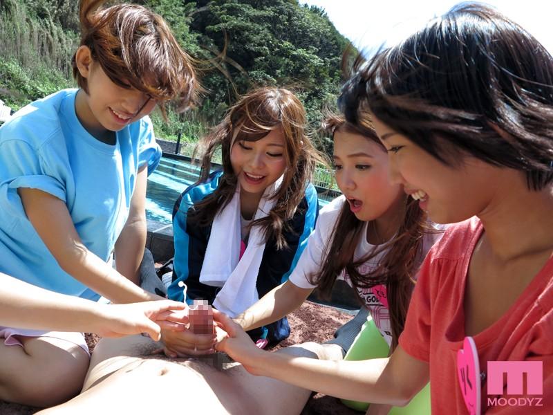 国民的アイドルM-girls 誘惑大乱交 4時間SPECIAL~今どきアイドル達が業界タブーの枕営業~ の画像2