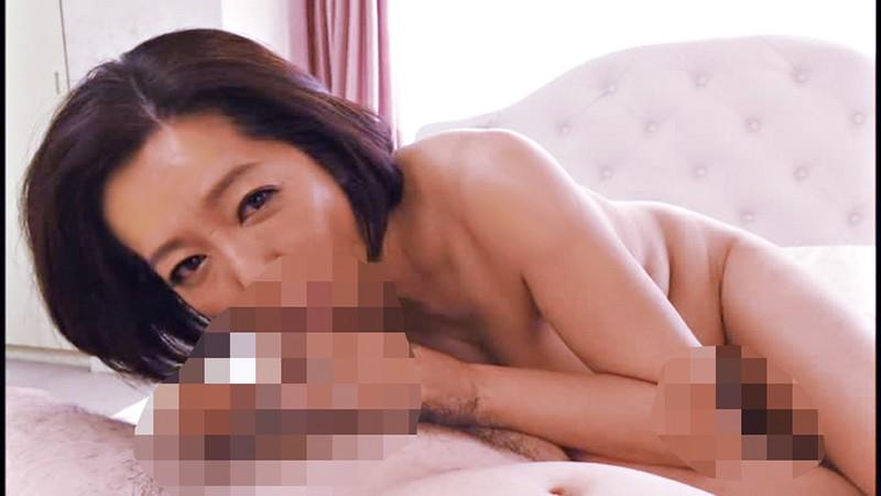 五十路 美熟女ベスト 筒美かえで 4時間 おっとり淫乱熟女 の画像1