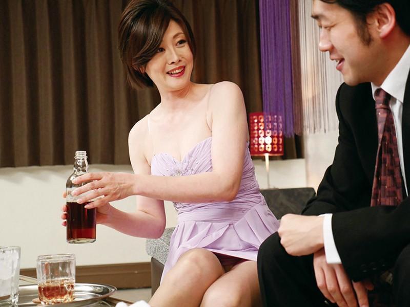 五十路 美熟女ベスト 竹内梨恵 4時間 色白美乳 の画像19