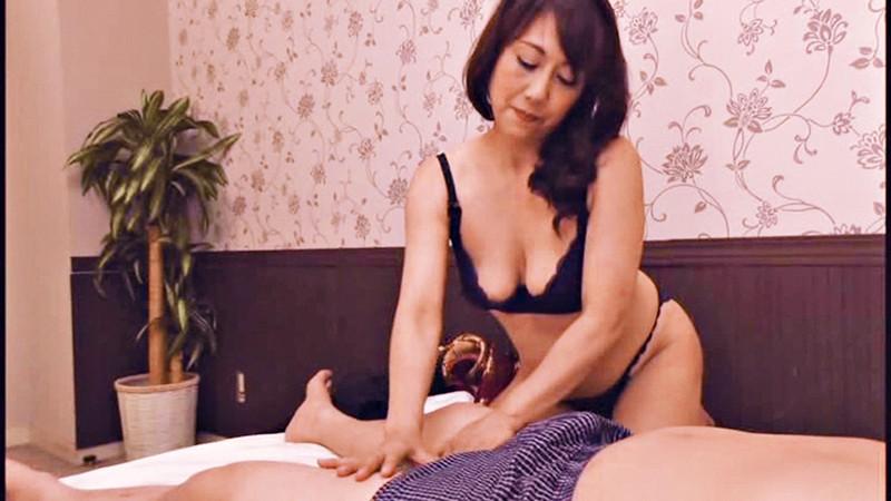 五十路美熟女ママの快性マッサージ 7人4時間 の画像11
