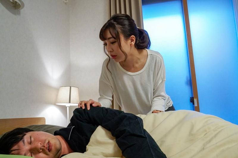 姉御肌の妻がDQNから僕を守ったせいで恨みを買って標的に… 妻が目の前で寝取られ中出しされているのに怖くて何も出来ない僕。 佐々波綾 の画像19