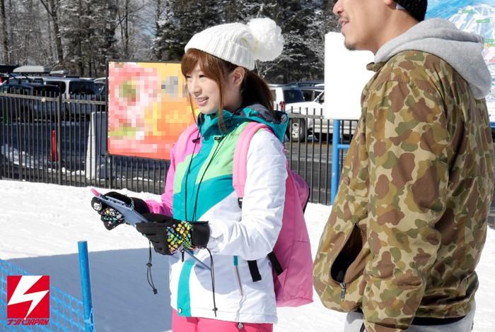 【脱いだらスゴイおっぱいだった】新潟のゲレンデで見つけた隠れ巨乳の現役スキー部マネージャー 広瀬あすみAVデビュー