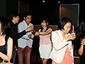 [NNPJ-221] 結婚式2次会寝取りナンパカップルで参加していた泥酔美女を彼氏の目の前でラブホ持ち帰りしたパーティー記録映像