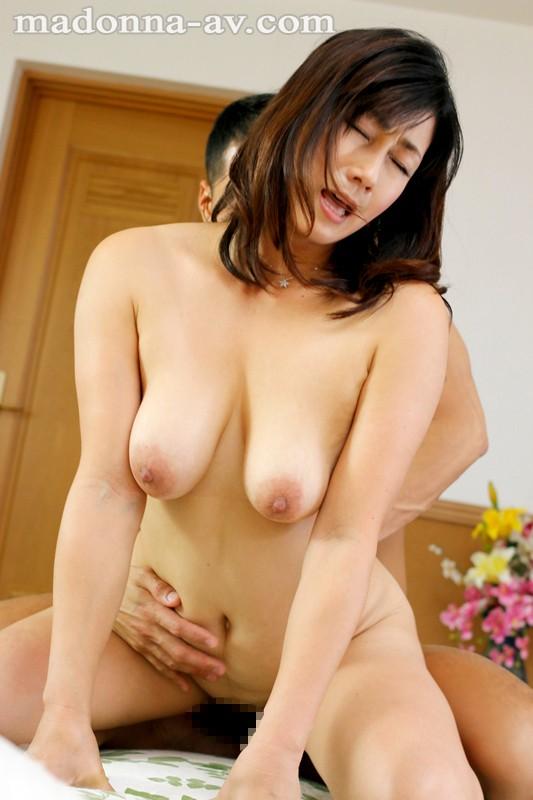 初撮りおばさんドキュメント 宮部涼花 の画像2