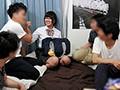 [OYC-122] 超イケメンがナンパしてきた家出中の女子校生を何度も何度も皆で輪姦しちゃった激ヤバ動画