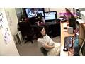 [PARATHD-703] 人妻がAV会社でモザイク処理のアルバイト(2)~無○正チンコマ●コに興奮したところをすかさずハメ!