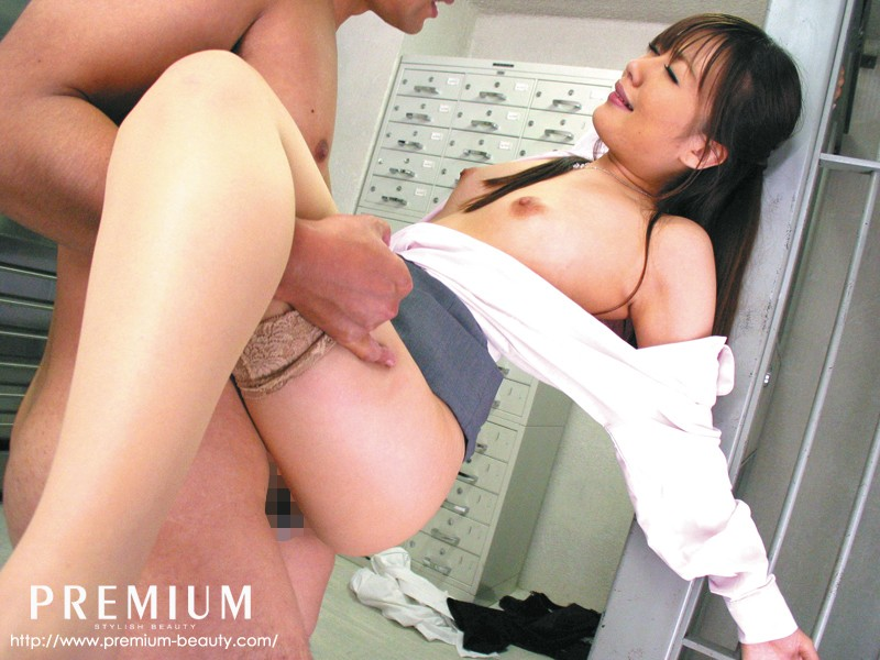ほしのみゆの手コキ・淫語・誘惑痴女 の画像4