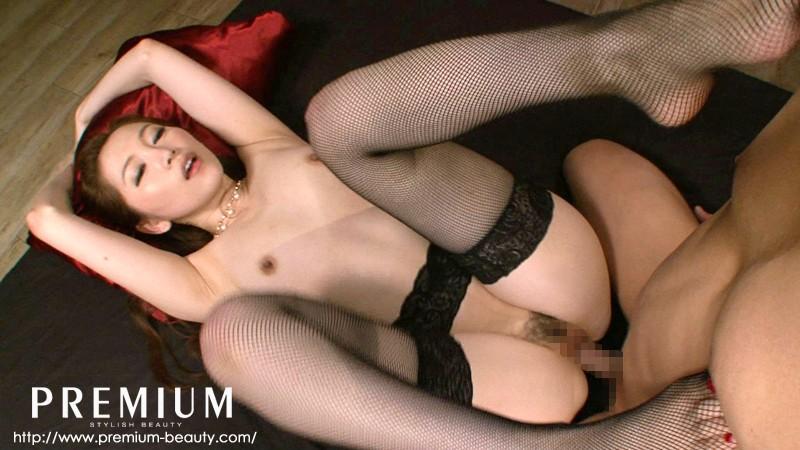 スレンダー色白美肌av女優 小川画像