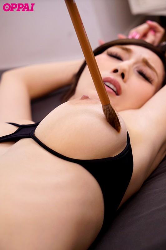 101cmJcupの爆乳を揉んで舐めて挟んで徹底いじり JULIA の画像5