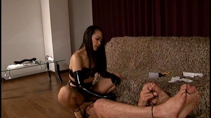 女王様と家具奴隷 快楽・調教・拷問 及川貴和子 の画像9