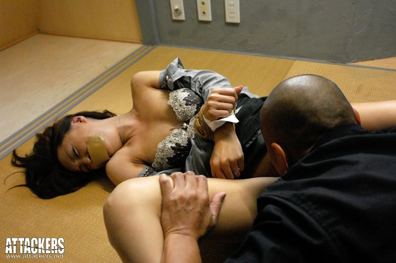 罠に嵌められ堕とされて…。 ~絶対イケナイ「凌辱ゲーム」~ 鈴木麻奈美 の画像11