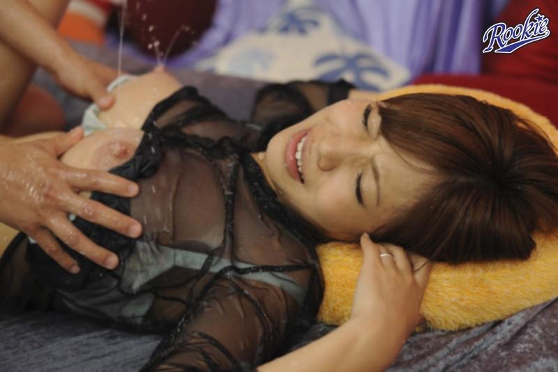 世界で一番母乳が出る女の子 三宿まゆ の画像9