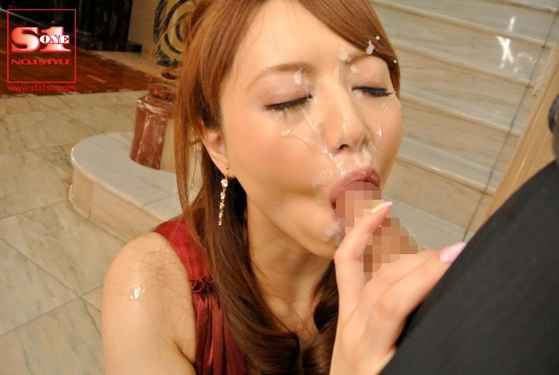 超高級風俗嬢 吉沢明歩 の画像10