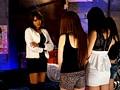 街行くオヤジもイケメンも片っ端から逆ナンパギャル痴女集団リーダー明日花キララのヤリ部屋つれ込みガン上がりSEX 7