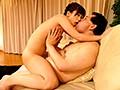 [SNIS-732] 中年男性限定!小島みなみと濃厚ディープキスオフ会 10年以上ご無沙汰でキスに飢えたベロちゅうおじさん達と接吻天国