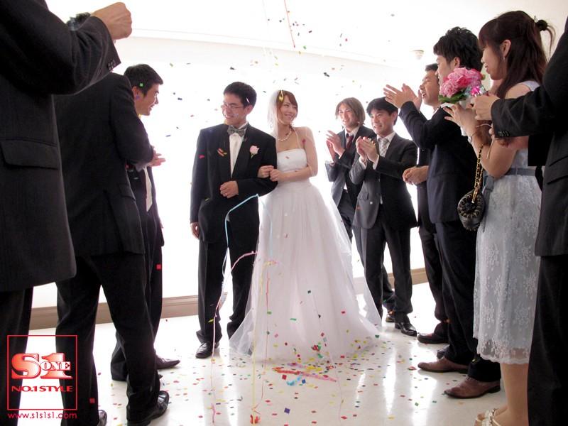 犯された花嫁 悲劇のヴァージンロード 吉沢明歩 の画像1