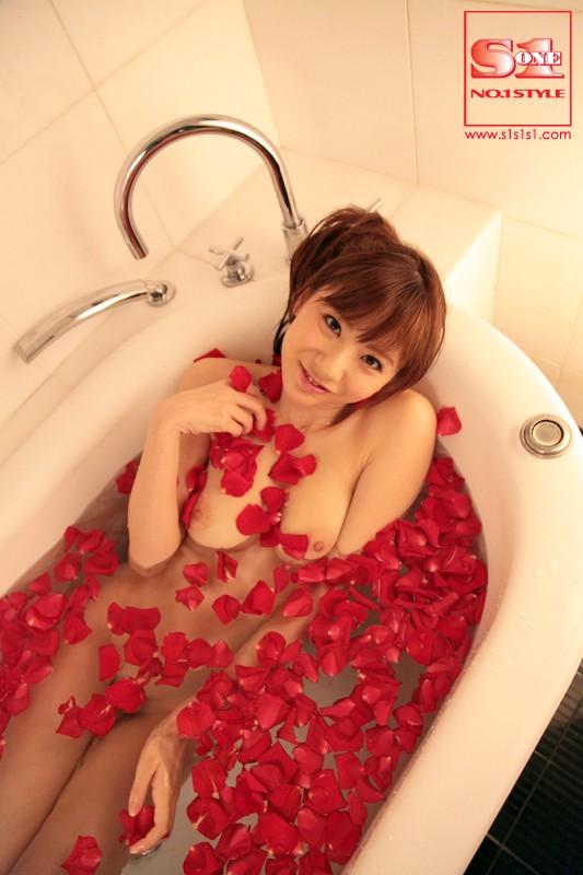 麻美ゆまのセックス熟女動画