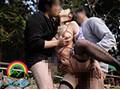 [SORA-183] 気品溢れる大人のパイパン膣穴曝け出し野外3P種付け交尾志願の美人妻 瑠璃子さん38歳