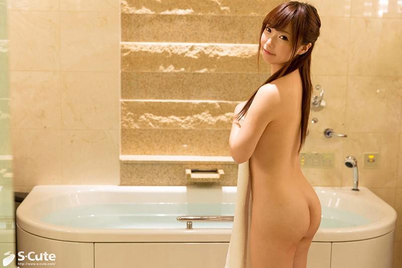 小柄な体に秘めた性欲が止まらない。恥らう清純美少女の淫らな本性 の画像5