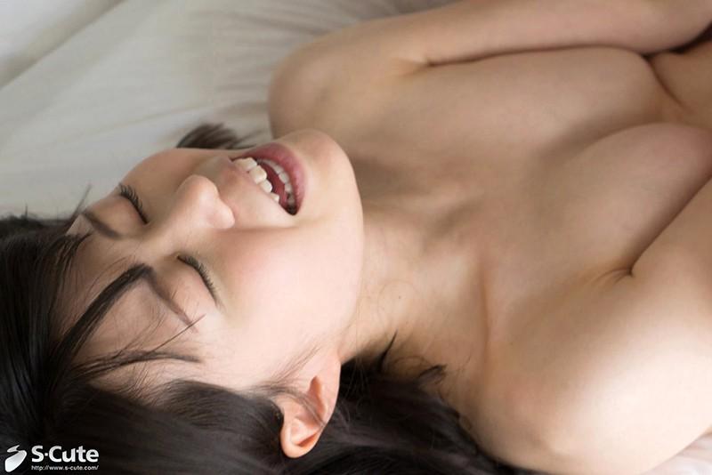小柄な体に秘めた性欲が止まらない。恥らう清純美少女の淫らな本性 の画像12