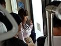 巨乳制服美少女 強・制・連・結 気弱な生徒を狙う満員痴漢車両 羽咲みはる 画像7