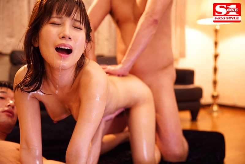 [SSNI-194] For the first time ever, cum 107 times in a row - Kojima Minami
