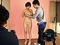 裸よりも恥ずかしい新作の極小水着モデルをさせられて 奥田咲 3