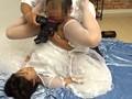 [STOL-018] 結婚式前に写真スタジオで撮影するカップルの新郎が待つ隣で新婦を寝取りレイプ 8時間総集編