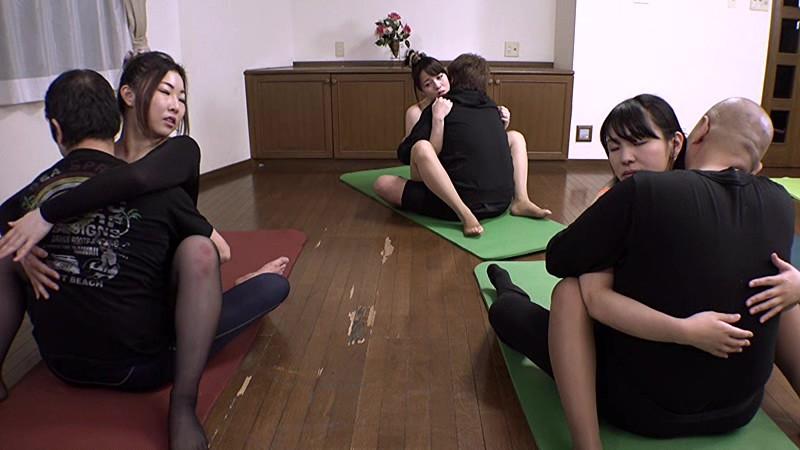 爆乳Jカップの奈津子さんは、セクハラされまくりのスケスケエクササイズ 三島奈津子 の画像4