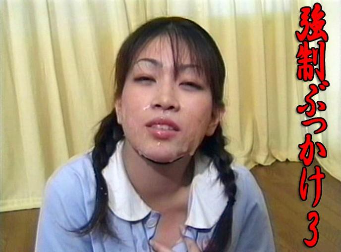 コスプレの女の子、秋元雅美出演のぶっかけ無料美少女動画像。強制ぶっかけ 3