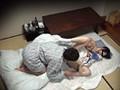 静岡県伊東市某温泉旅館 老舗温泉宿の女将にデカチン18cm見せたらヤレた「えっ!もう朝ですか?あっスミマセン、ハダカで寝てしまったもので」 No.2